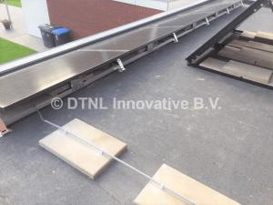 zonnepanelen en zonnecollector voor zonneboiler